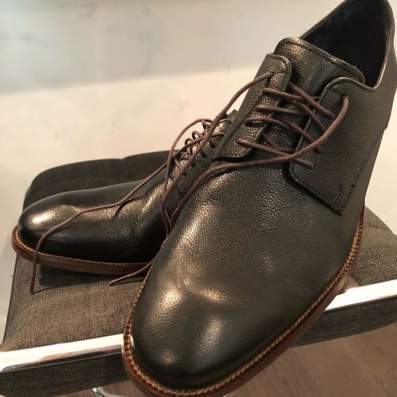 Cole Haan Leather Lace Up Men's Dress Shoe